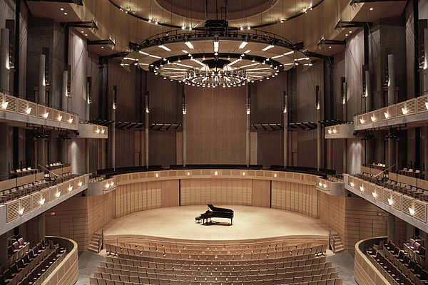 piano concert hall